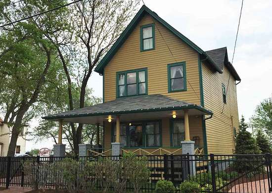 "Rent the ""A Christmas Story"" Movie House"