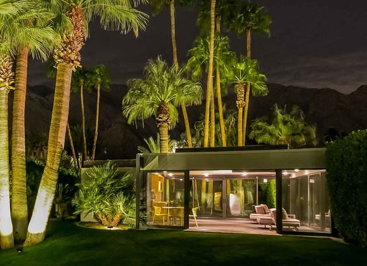 15 Famous Houses You Can Rent for the Weekend - Bob Vila