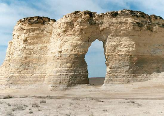 Kansas: Monument Rocks