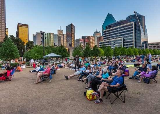 Texas: Klyde Warren Park