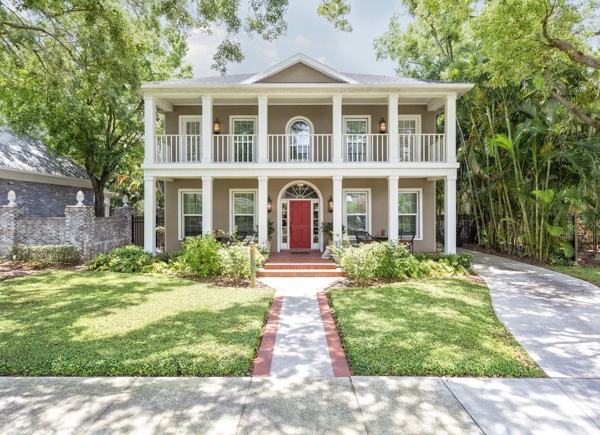 Home Exterior Color Combinations - 15 Paint Colors for ...