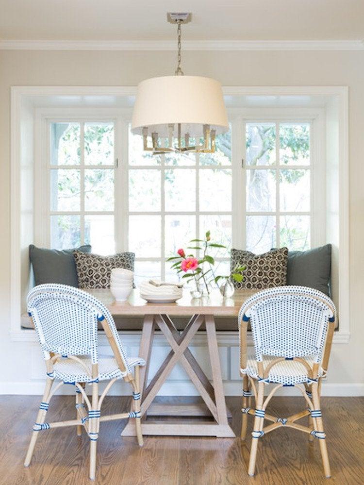A Welcoming Window 7 16 Seat Breakfast Nook