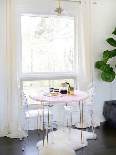 Breakfast Nook With Table and Chairs