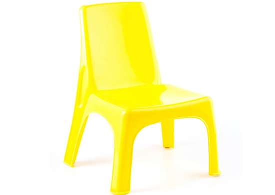 BARGAIN BUY: Plastic Patio Chairs