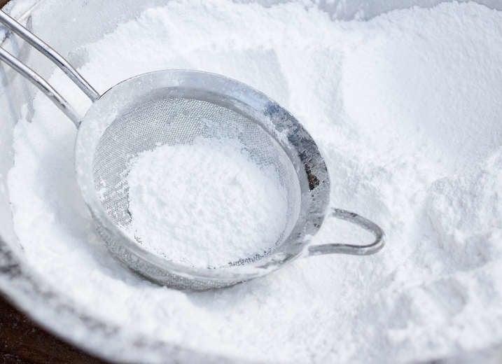 Powdered Sugar and Baking Soda