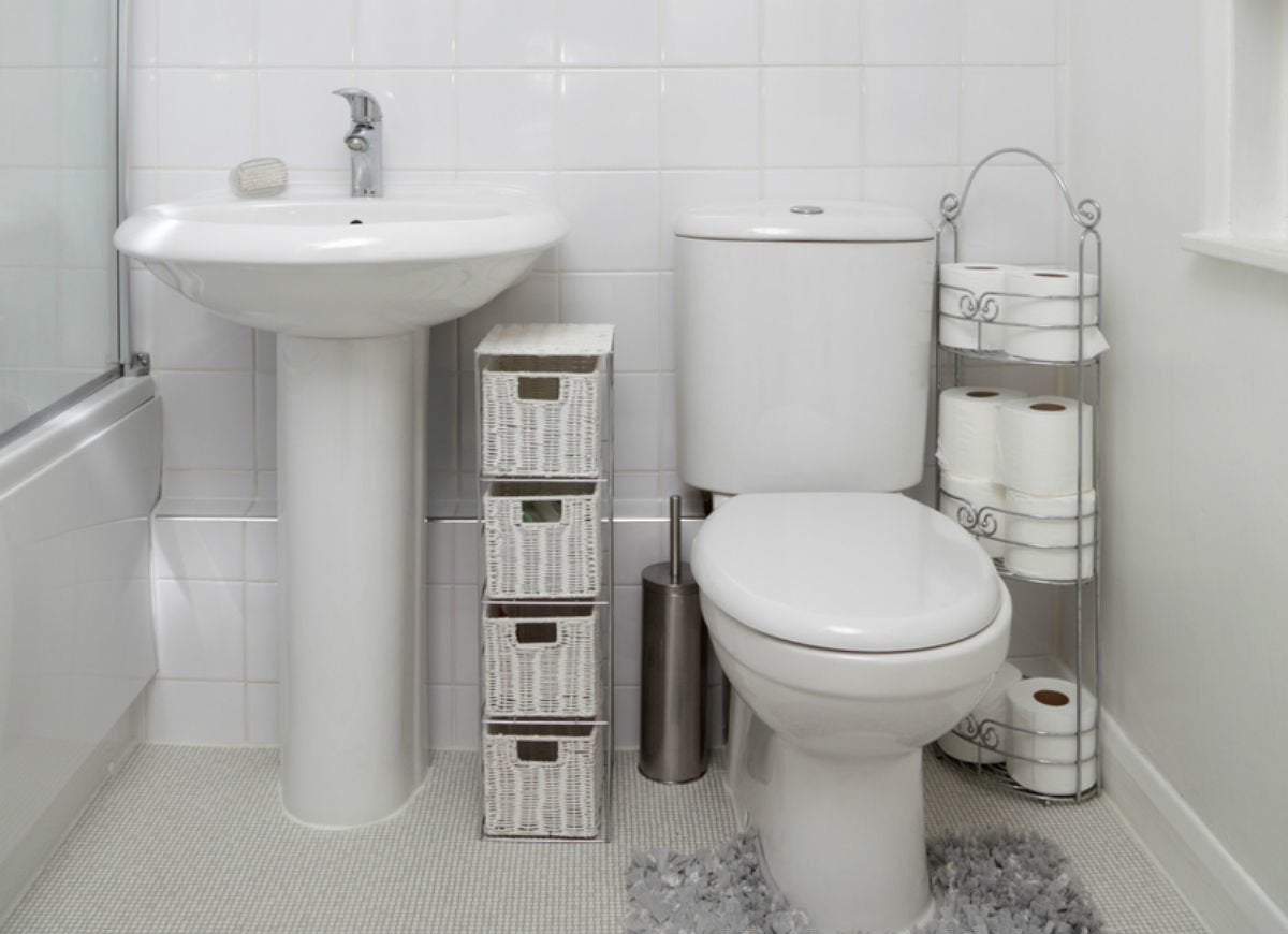Remodeling a small bathroom 8 tips from the pros bob vila - Pictures of small bathrooms ...