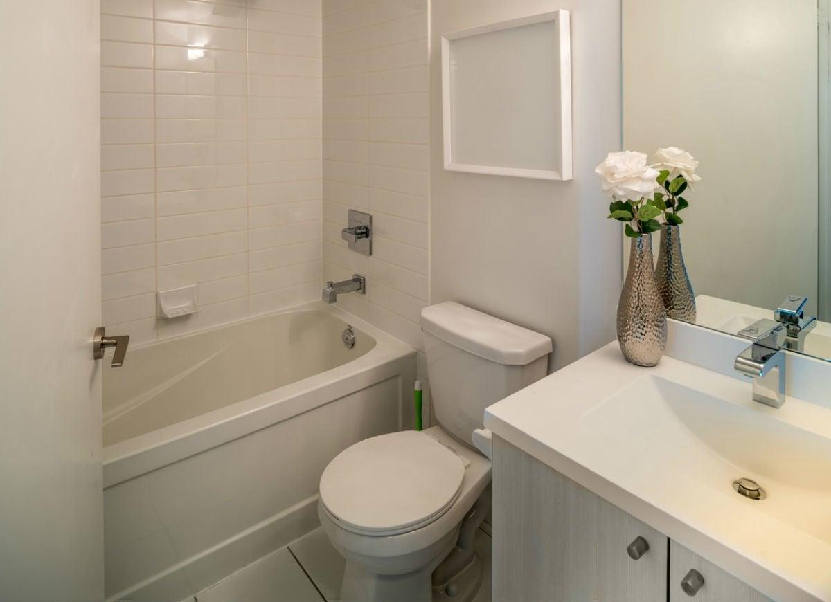 Small Bathroom Remodel: 8 Tips from the Pros   Bob Vila ...