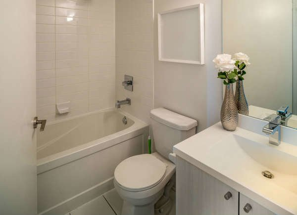 Small Bathroom Remodel 8 Tips From The Pros Bob Vila