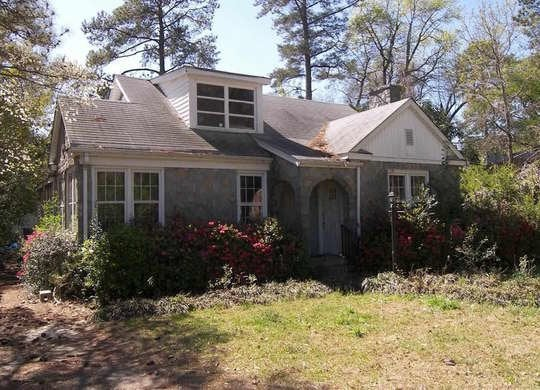 Sinister Listing in Mt. Pleasant, South Carolina