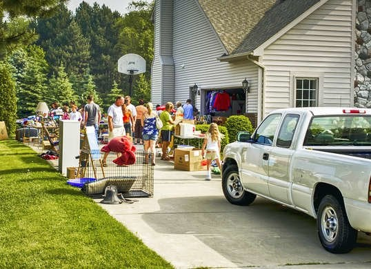 Neighbor Complaints - 16 Reasons Your Neighbors Are Likely