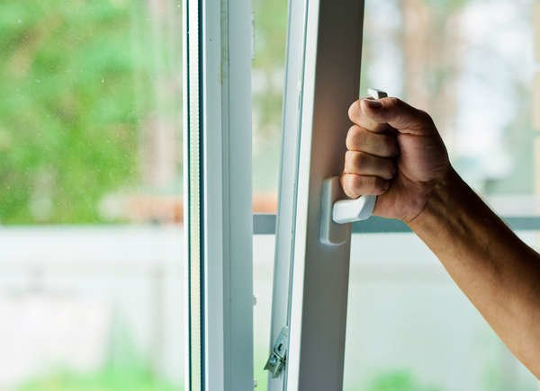 how to fix sticky vinyl windows