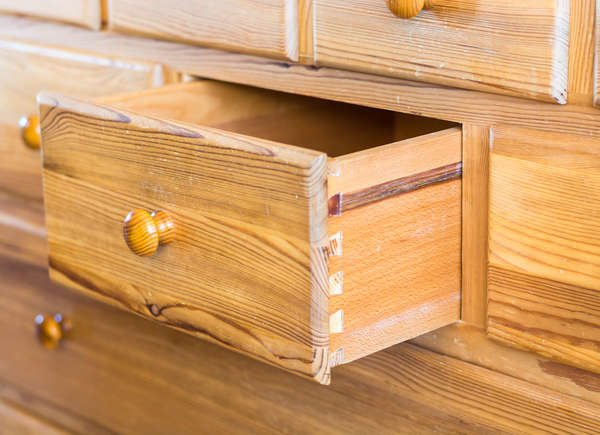 sticky wooden drawers