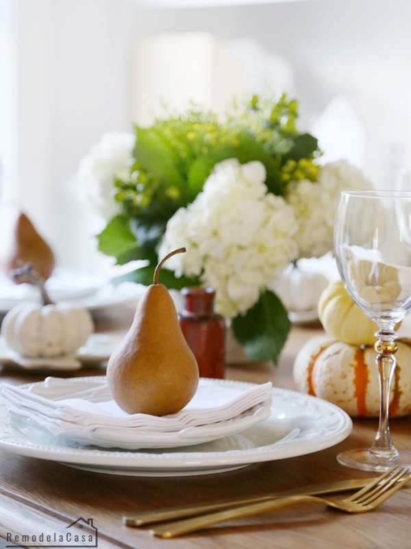 35 Fresh and Festive Thanksgiving Table Ideas   Bob Vila