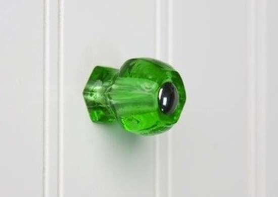 Wittington emeraldgreenglasscabinetknob signaturehardware