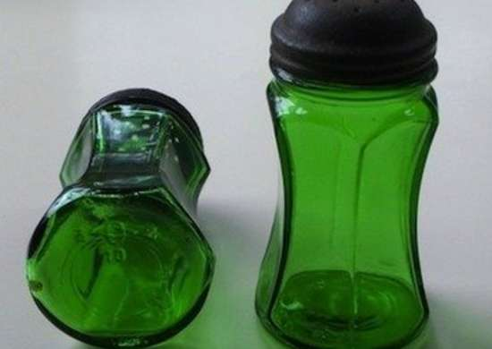 Rubylane aquisitions emeraldgreendepressionglass saltandpeppershakers