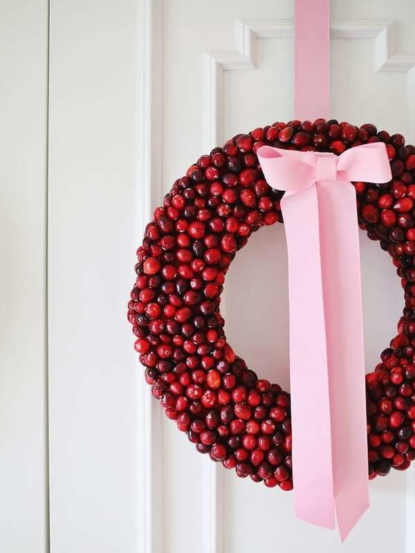The Weirdest Things Anyone Has Ever Used to Make an Awesome DIY Christmas Wreath