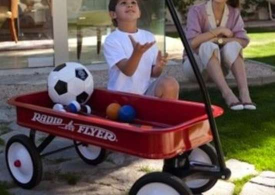Radio-flyer-wagon