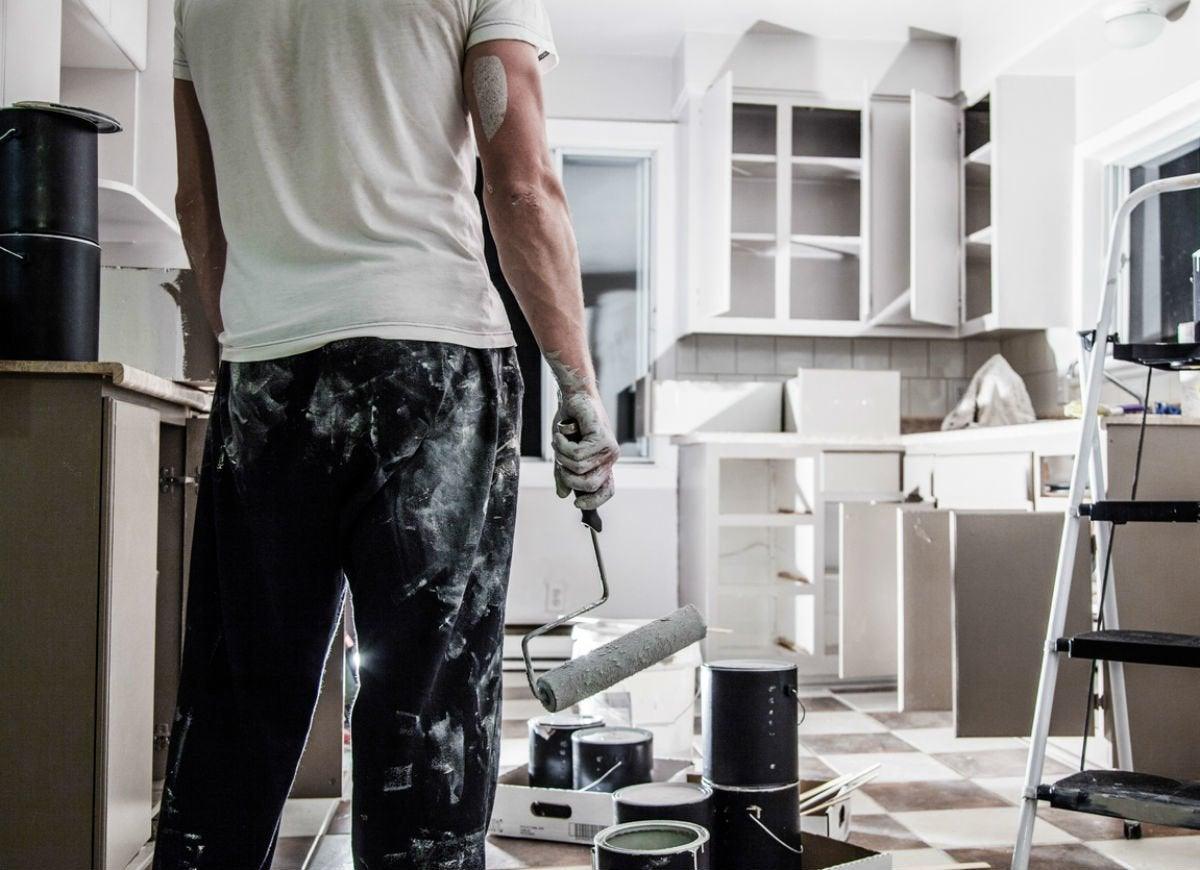 Selecting the Right Kitchen Cabinet Colors