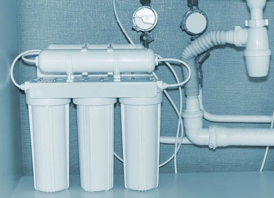 Home Water Filter >> 5 Signs You Need To Start Filtering Your Home S Water Bob Vila