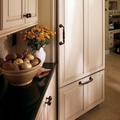 Kitchen Hardware Ideas - 10 Styles to Update Your Kitchen on a ...