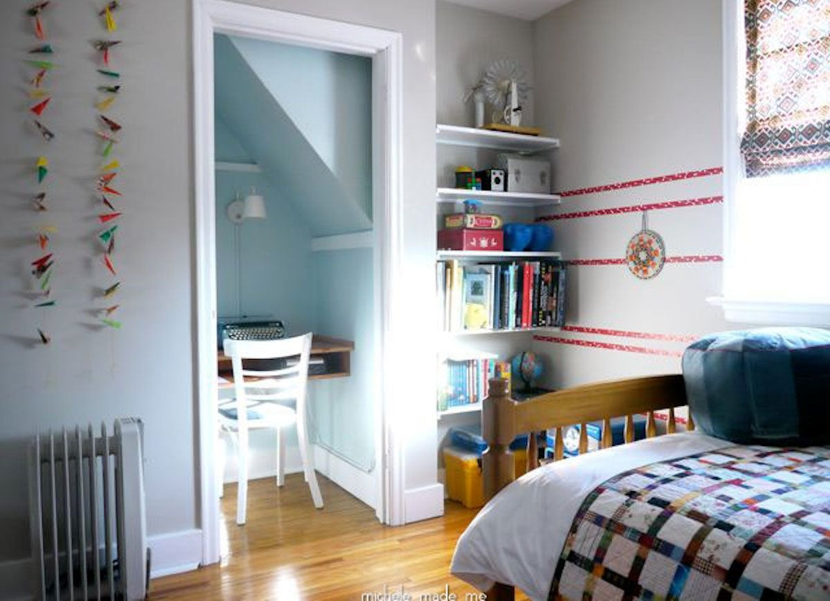12 Space-Saving Solutions for Tiny Bedrooms