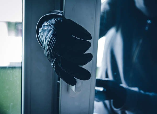 35 Easy Ways to Protect Your Home from Break-Ins