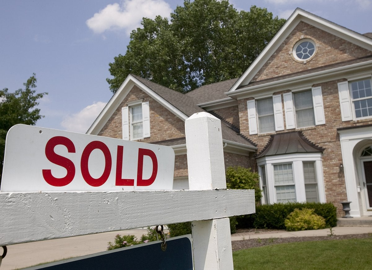 10 Tips to Master the Art of Low-Ball Real Estate Offers