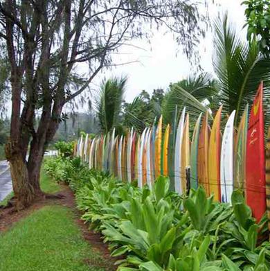 Recycledsurfboard fence bigislandchronicle jpg