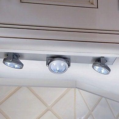 Under cabinet lighting5