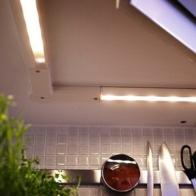 Under cabinet lighting2