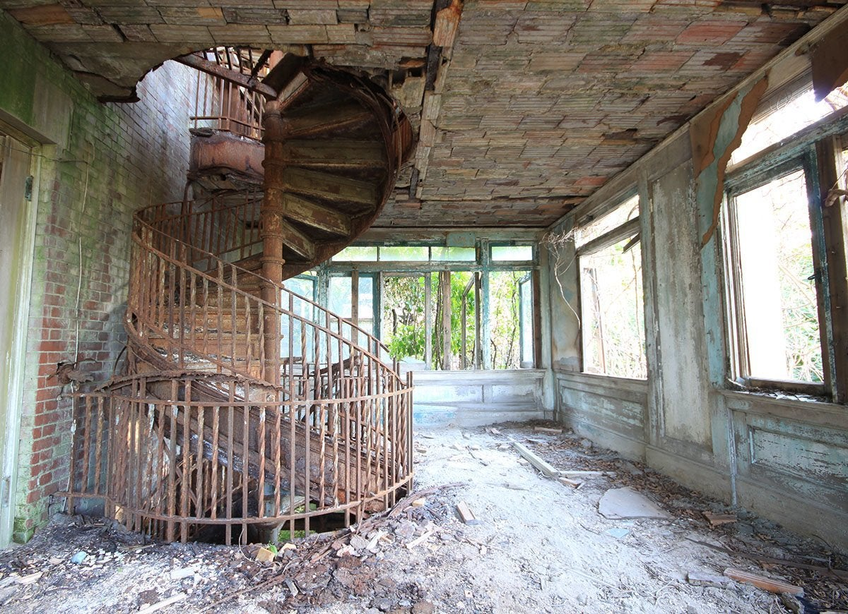 15 Incredible Abandoned Places In America That No One Wants You To Visit Bob Vila