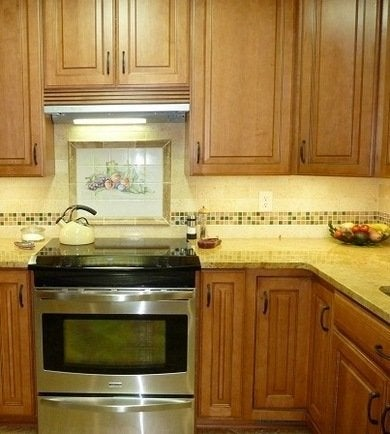 Under Cabinet Lighting 10 Shining Examples Bob Vila