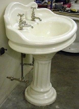 Vintageplumbing wolff pedestal sink bob vila architectural salvage 334 wolffped920111123 36322 1w0vxn3 0