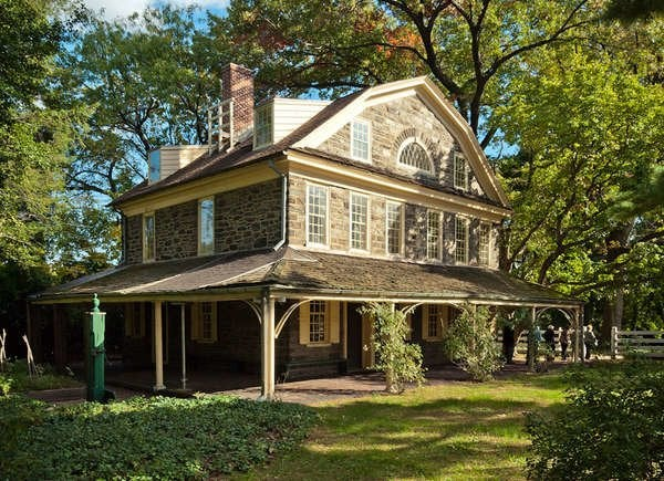 See How 20 Historic Homes Decorate For
