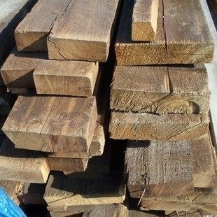 Noreast1 reclaimed lumber bob vila architectural salvage rl0003b20111123 36322 197xc4d 0