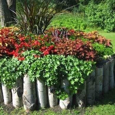 Log-lined-flower-bed-decoist