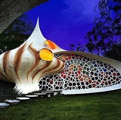 Seashell-house