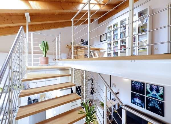 Small Home Office Ideas on Stair Landings