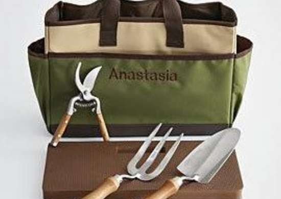 Redenvelope-garden-tote-tools-bob-vila-gifts