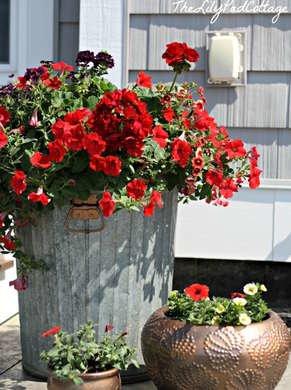 Trash can flower pot