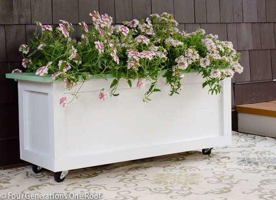 Wheeled planter