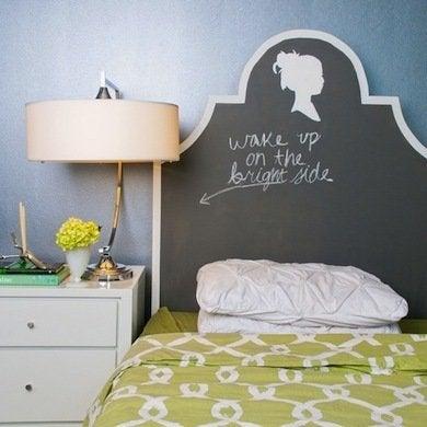 Diy headboard ideas 16 projects to make yourself bob vila diy chalkboard headboard solutioingenieria Gallery