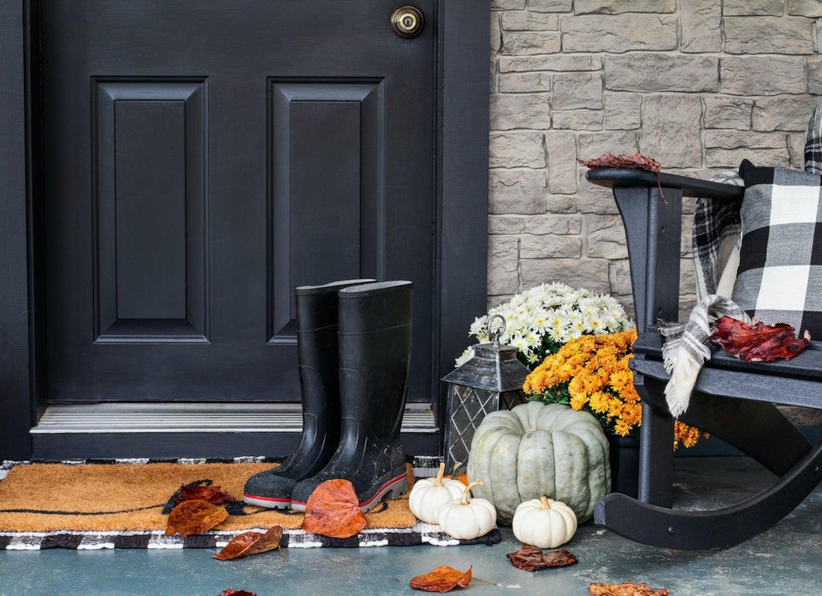 Diy Outdoor Fall Decor 15 Easy Projects Bob Vila