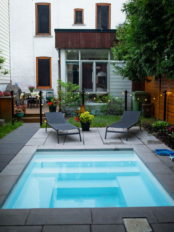 10 Water Features to Complete Any Backyard Landscape - Bob ... on Small Backyard Water Features id=43323