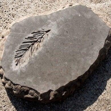 Make Stepping Stones 10 Diy Ideas To Brighten Any Garden