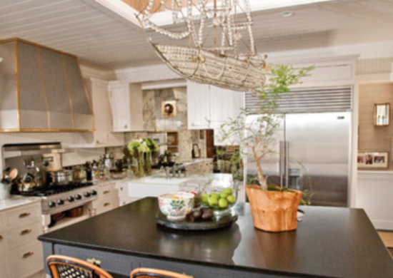 Chandelier kitchen