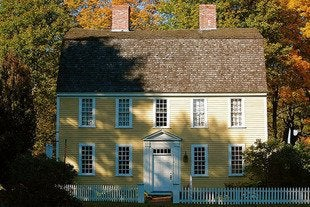 Massmatt_holyoke_french_house_georgian_colonial_bob_vila_house_styles-rev