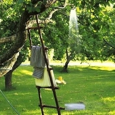 Sweetpaul-outdoor-shower-garden-hose-tree-2-rev