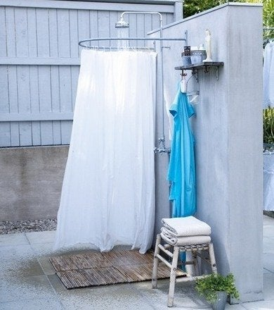 Outdoorshower letmebeinspired