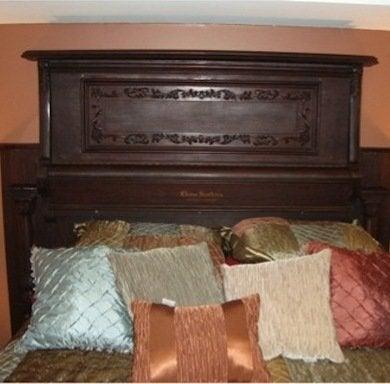 Pianoheadboard